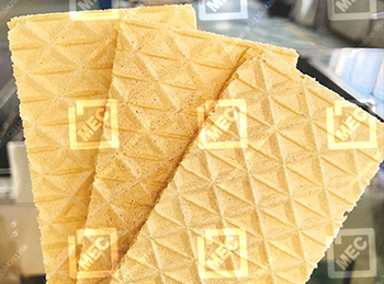 Square wafer biscuits